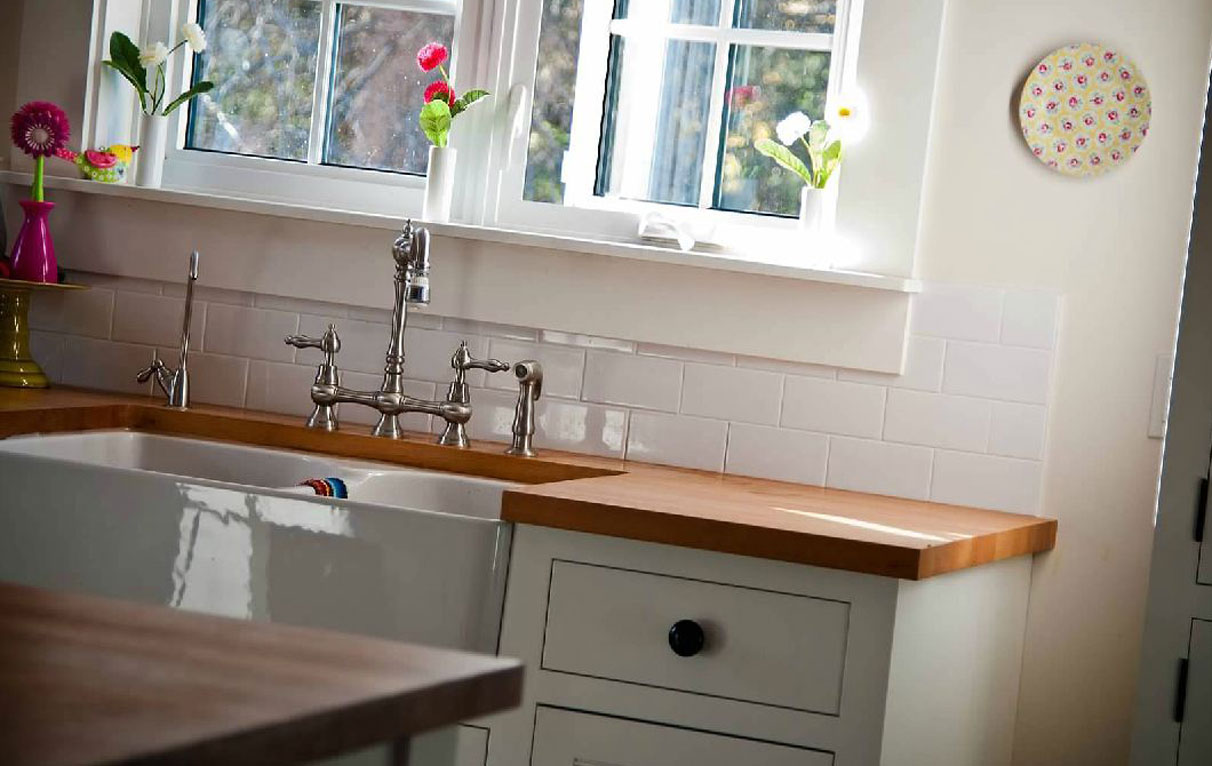 free standing kitchen sink cabinet
