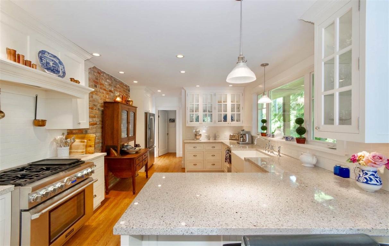 modern heritage home kitchen