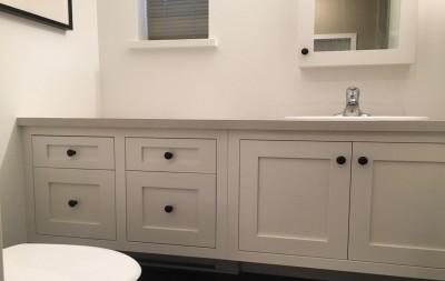 Floating vanity furniture style